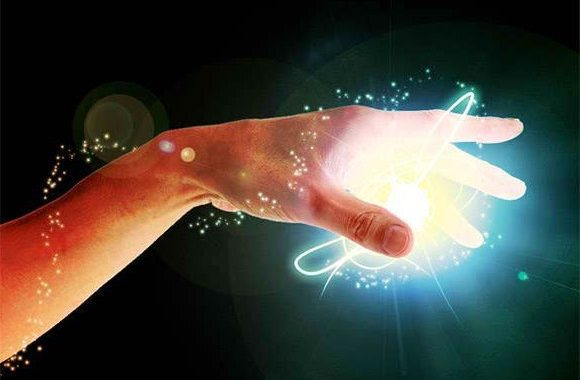 Boste Tudi Vi Imeli »ENERGIJO V SVOJIH ROKAH«?